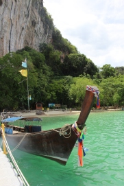 Longtail boat - travel like a local (Picture Courtesy - https://www.behance.net/saraahmed15069)
